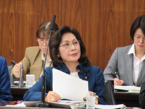 4/21 外交防衛委員会で質問しました。_f0150886_156092.jpg