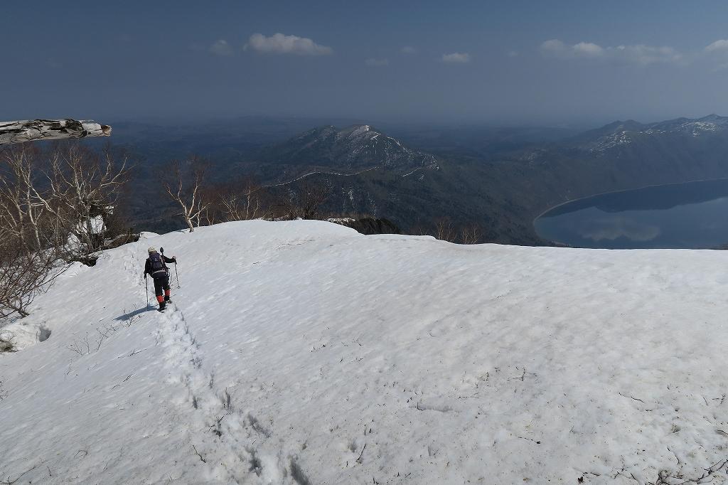 恵庭岳、4月22日_f0138096_11454337.jpg