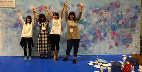 名古屋総合デザイン専門学校の在校生がハンドメイド市場でライブペイント2_b0110019_13535285.jpg