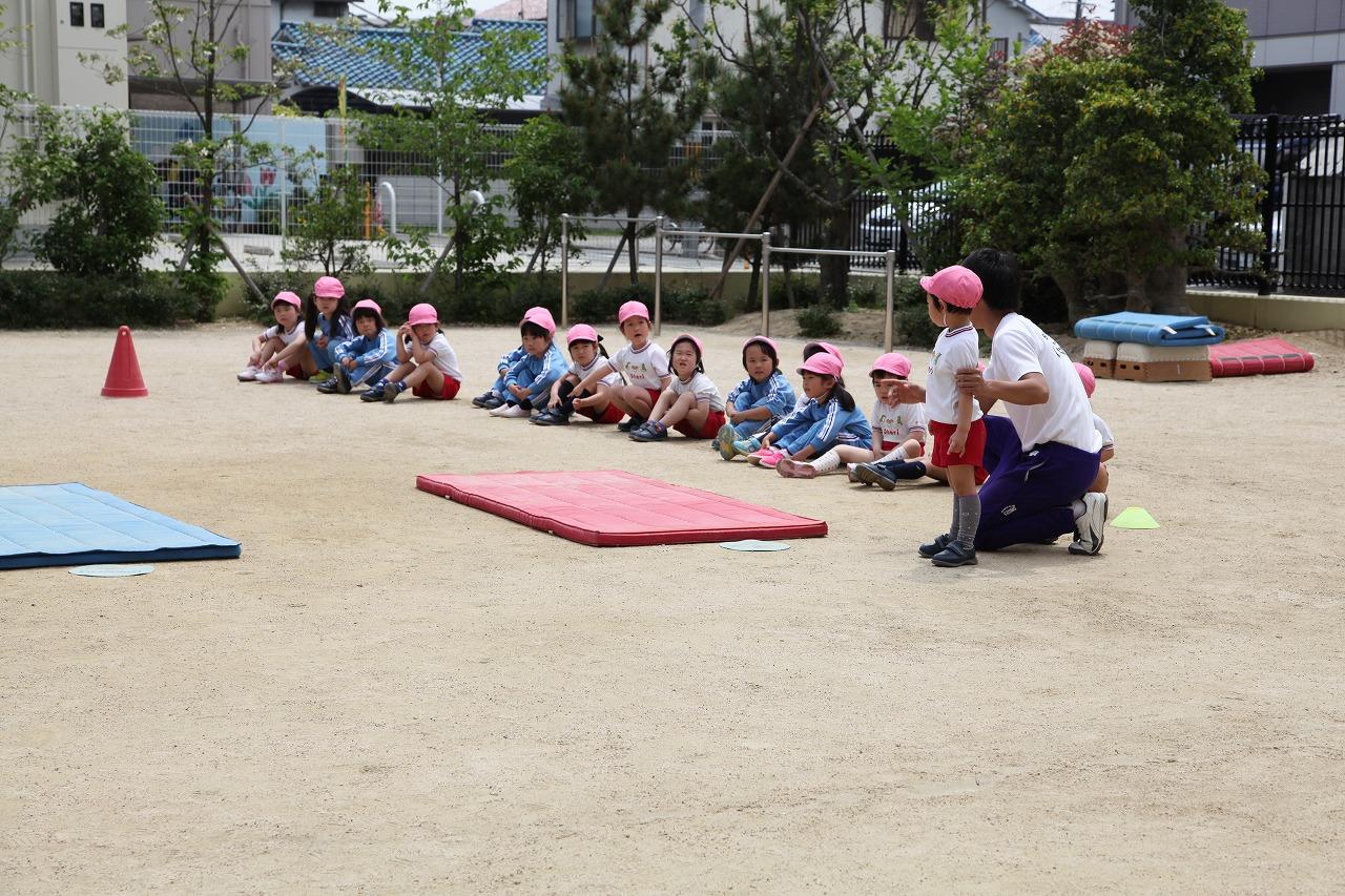 体操(年長・年中組)_b0277979_16532148.jpg