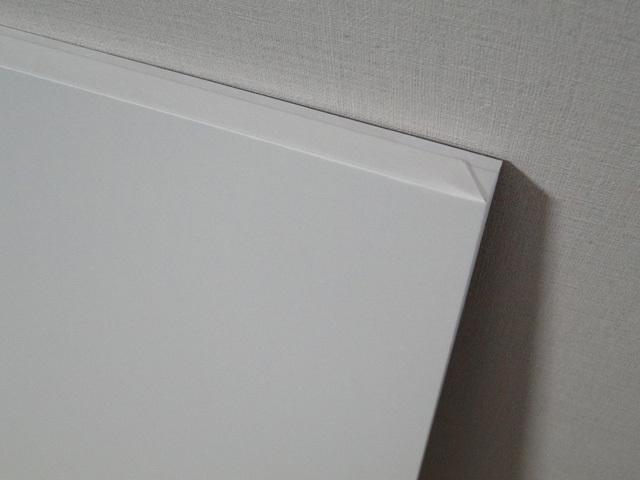 白い紙とゴキブリ_b0200721_11551896.jpg