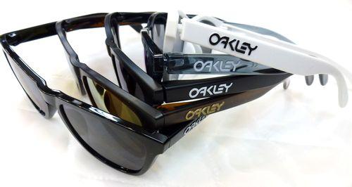 OAKLEY-オークリー- NEWサングラス FROGSKIN ご紹介します! by 甲府店_f0076925_15522553.jpg