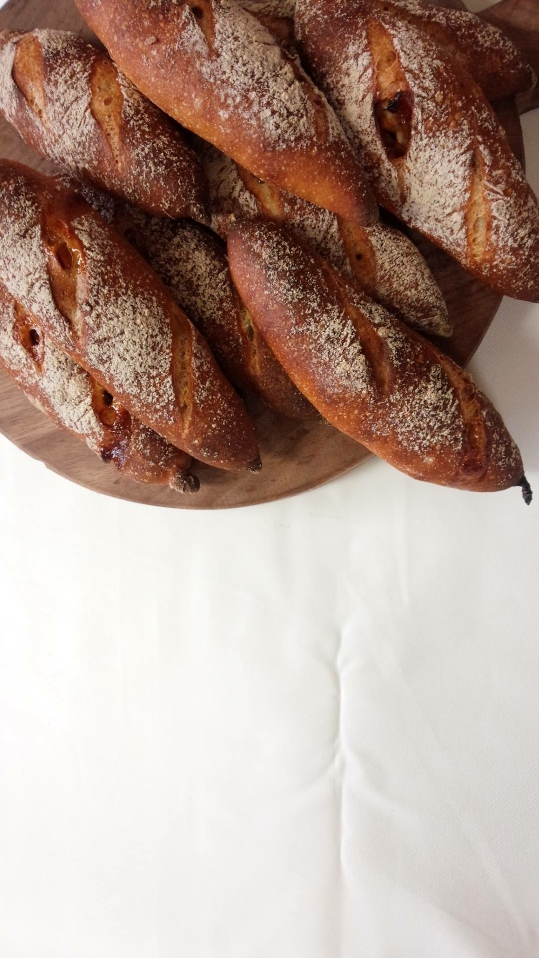 「パン マルシェ!4」出店者のご紹介 GUCHIPANさん。_e0060555_15495842.jpg