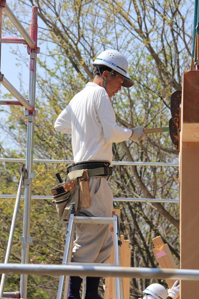 明野町にて建て方始まりました。_d0078471_17471661.jpg