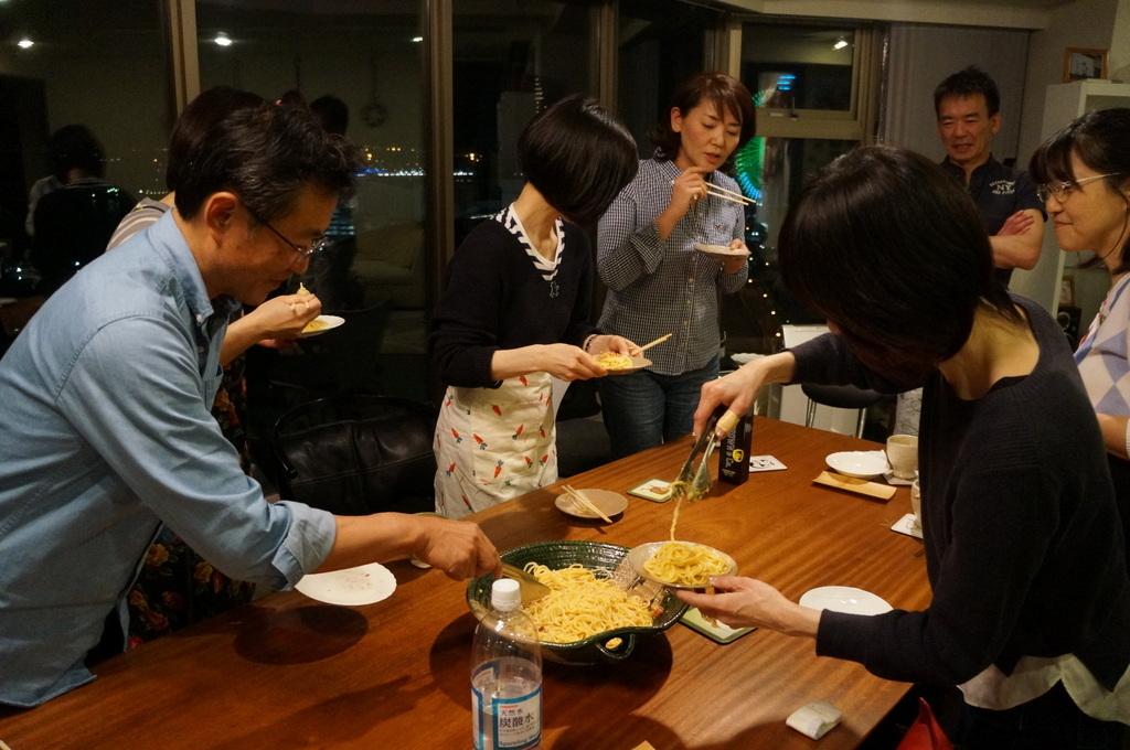 楽しい夜@みなとみらい_c0180686_15385163.jpg