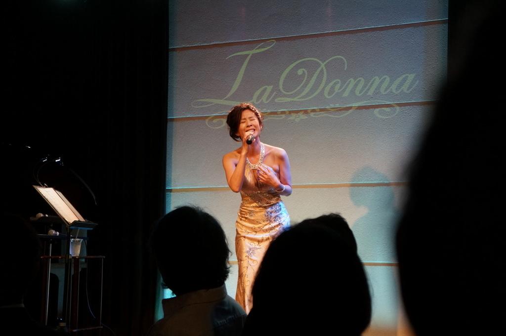 Y\'s ディナーショー@La Donna 神宮前_c0180686_19340239.jpg