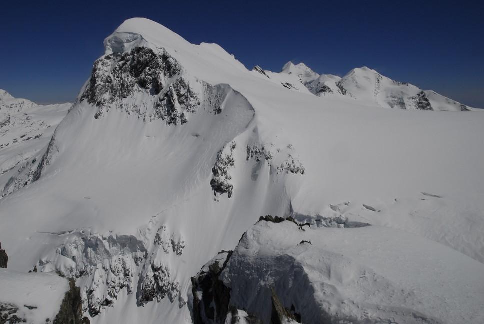 """2016年4月『雪と氷の峰々-アルプス・オートルート②』April 2016 \""""Re-challenge of Alps Haute Route②\""""_c0219616_6181847.jpg"""