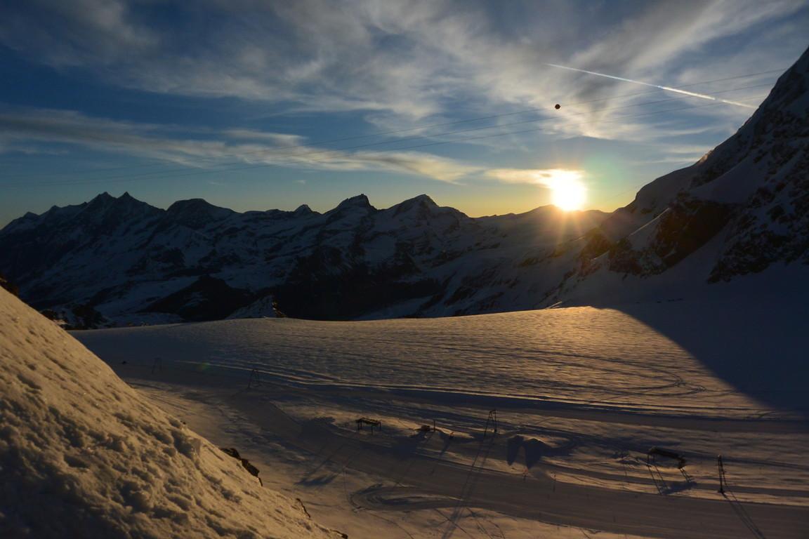 """2016年4月『雪と氷の峰々-アルプス・オートルート②』April 2016 \""""Re-challenge of Alps Haute Route②\""""_c0219616_6383360.jpg"""
