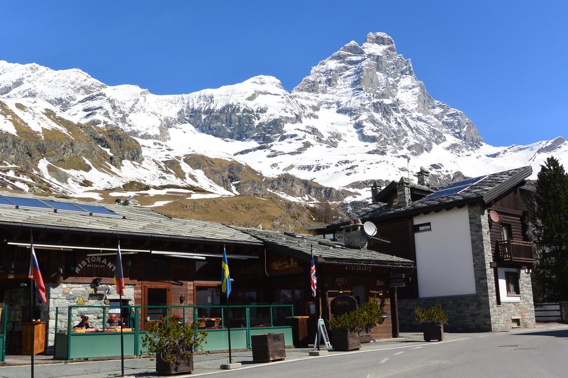"""2016年4月『雪と氷の峰々-アルプス・オートルート②』April 2016 \""""Re-challenge of Alps Haute Route②\""""_c0219616_6475718.jpg"""