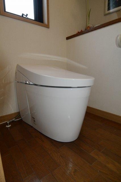 トイレの交換(その2)_a0148206_09335132.jpg