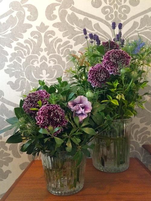 お花の教室(ペチュニア*スカビオサ)_f0324766_11041515.jpg