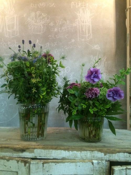 お花の教室(ペチュニア*スカビオサ)_f0324766_11041520.jpg
