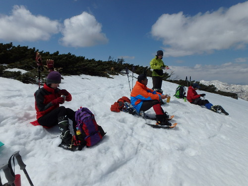 漁岳と北漁岳、4月24日-同行者からの写真-_f0138096_753470.jpg