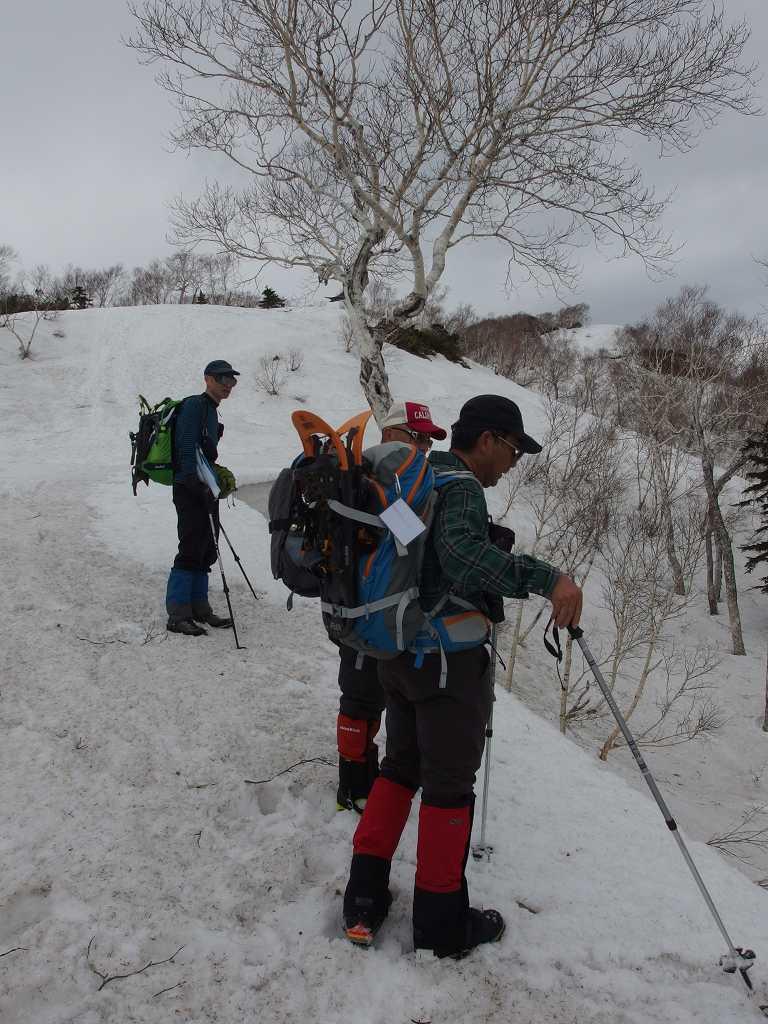 漁岳と北漁岳、4月24日-同行者からの写真-_f0138096_757574.jpg