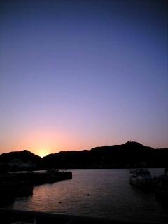 淡い桃色に 街を染めていく夕陽_d0141735_21245352.jpg