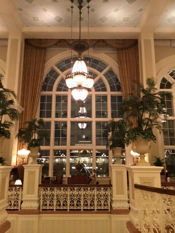 ディズニーランドホテルのカーテン_e0133255_14242916.jpg