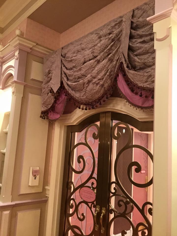 ディズニーランドホテルのカーテン_e0133255_14244450.jpg