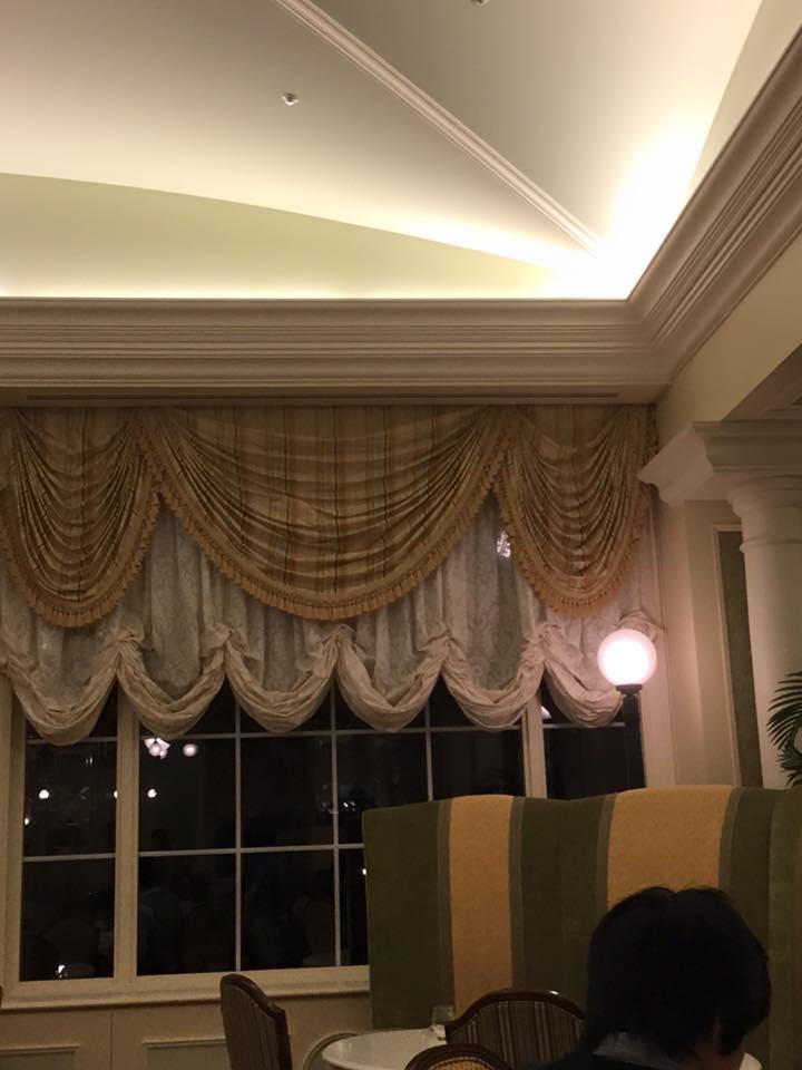 ディズニーランドホテルのカーテン_e0133255_14331040.jpg