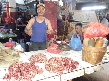 アンボン島(魚市場)_d0083068_12132236.jpg