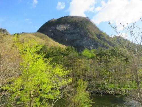 岩泉町写真スポット「缺山の断崖」をきれいに撮れる場所。_b0206037_08185936.jpg