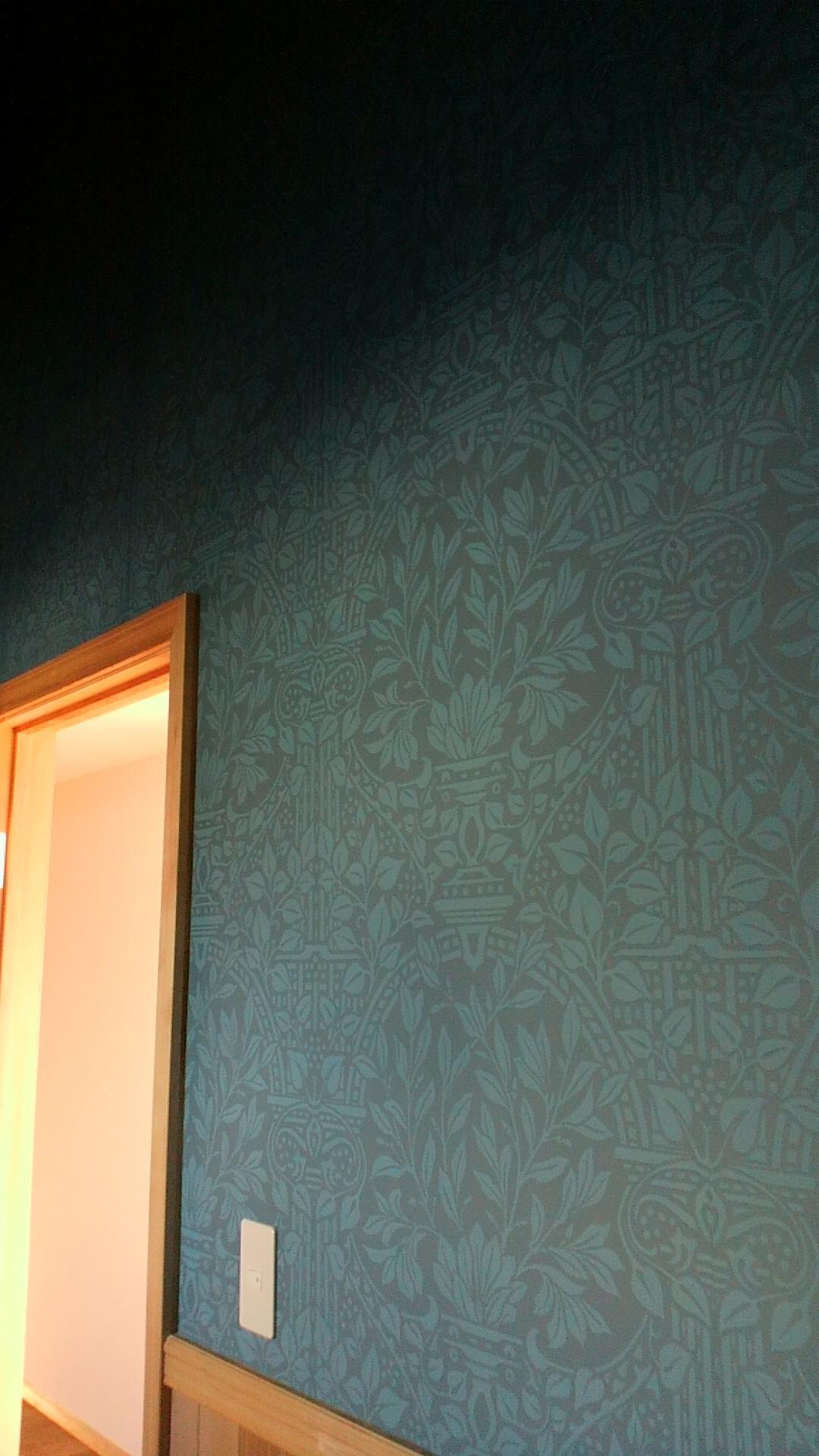 モリスの壁紙 _c0157866_13563287.jpg