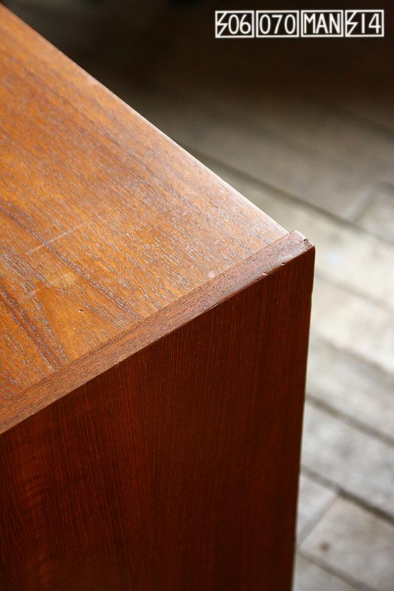 506070マンションではアンティーク家具・ヴィンテージ家具の補修・レストアも行っています ①_e0243096_16252058.jpg