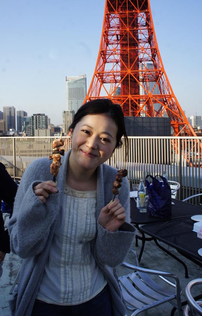 麻布のアパートで東京タワーと炭火焼Vol.1。_c0180686_02441892.jpg