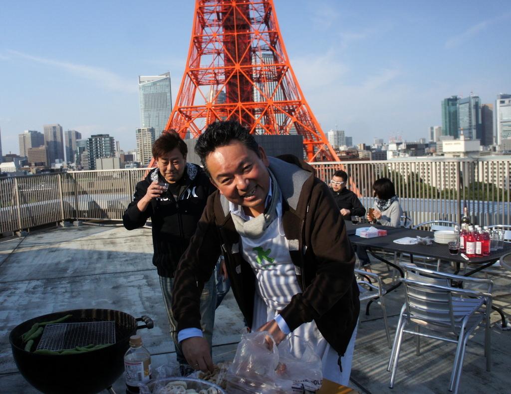 麻布のアパートで東京タワーと炭火焼Vol.1。_c0180686_02460089.jpg