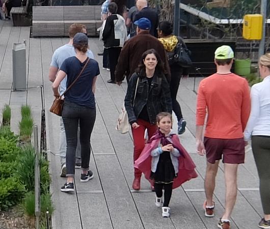 NYの子ども達の間でスーパーヒーロー・ファッションが日常化?!_b0007805_445451.jpg