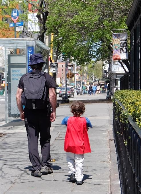 NYの子ども達の間でスーパーヒーロー・ファッションが日常化?!_b0007805_4454510.jpg