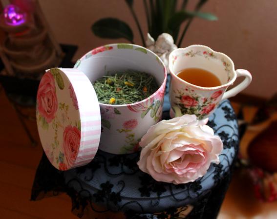 美容に良い普段飲みの野草茶を作ってます_a0329820_11555835.jpg