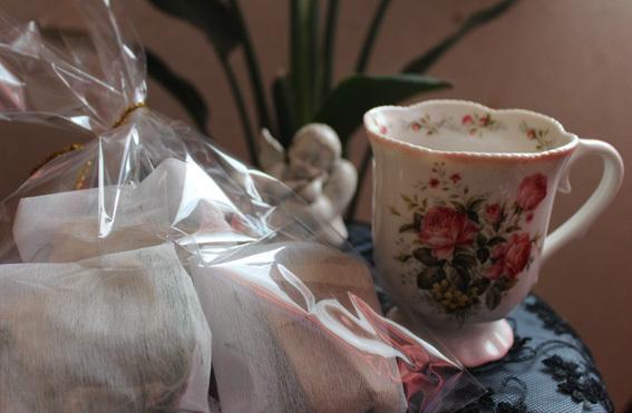 美容に良い普段飲みの野草茶を作ってます_a0329820_11560211.jpg