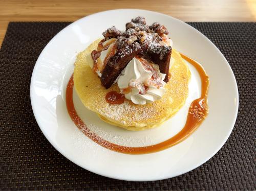 Holli Cafe+ (ホーリーカフェプラス)_e0292546_14061874.jpg