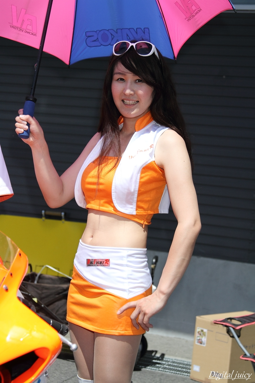 星野まなみ さん(DOG FIGHT RACING GAL)_c0216181_21143081.jpg