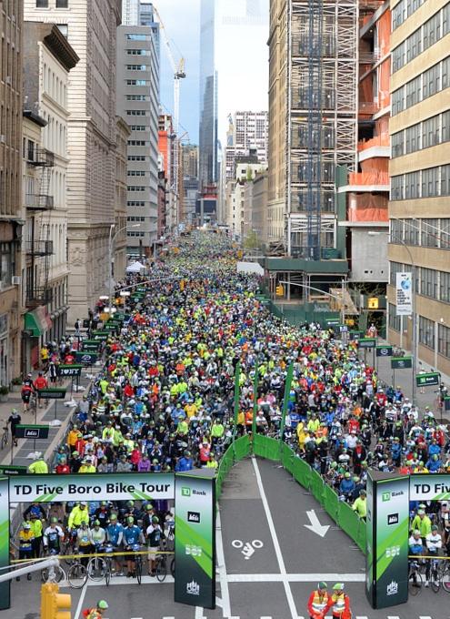 世界最大NYのチャリティ自転車ツアー、Five Boro Bike Tour_b0007805_22554972.jpg