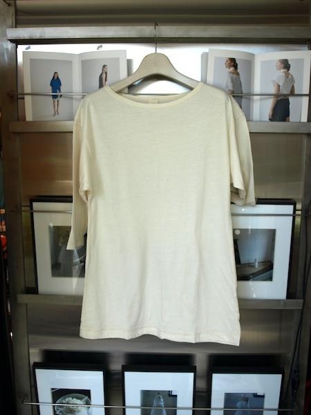 着心地抜群なMILFOILの服は、縫い糸までオーガニックコットンを使用しているそうです。_e0122680_19431997.jpg
