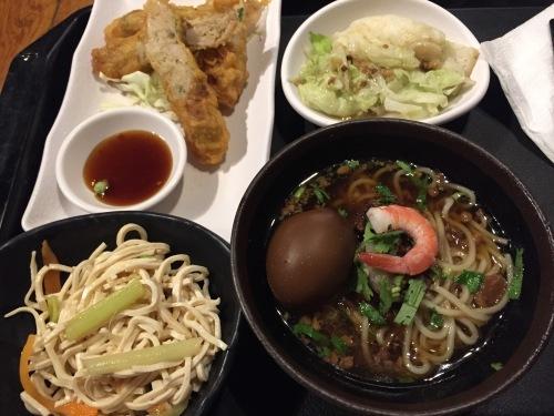 2016年GWバンコク旅行③ 度小月での夕食と部屋のデカパンダ_e0052736_21170385.jpg