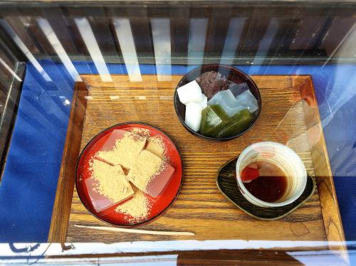 寧楽菓子司  中西与三郎 (六坊庵)_e0292546_09542954.jpg