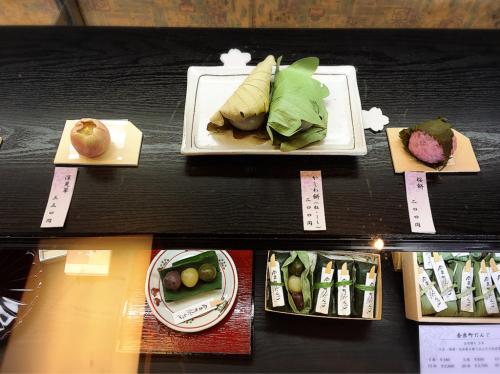 寧楽菓子司  中西与三郎 (六坊庵)_e0292546_09542989.jpg
