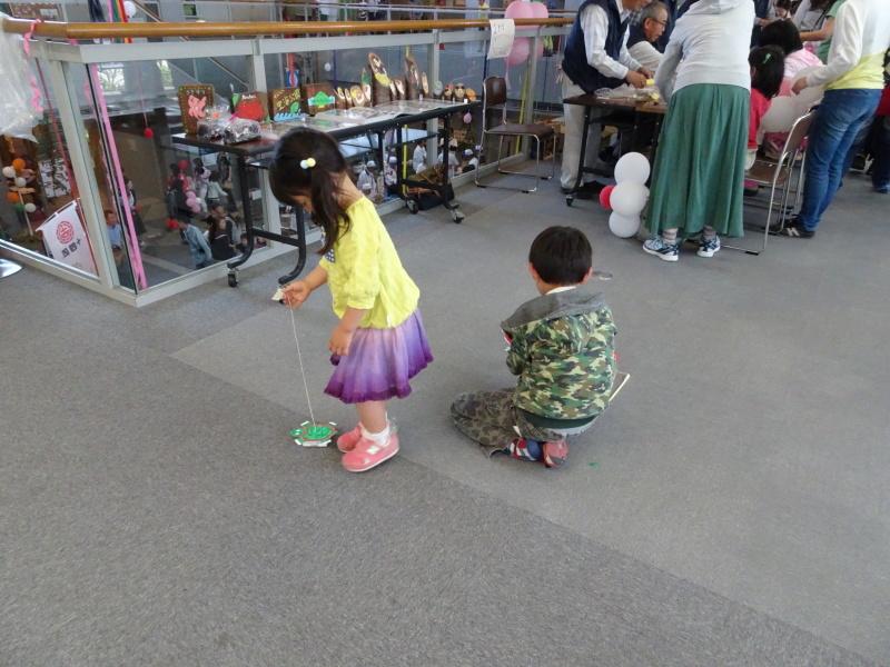 第13回「子どもの日フェスティバル」に出店・・・うみべの森を育てる会_c0108460_22542551.jpg