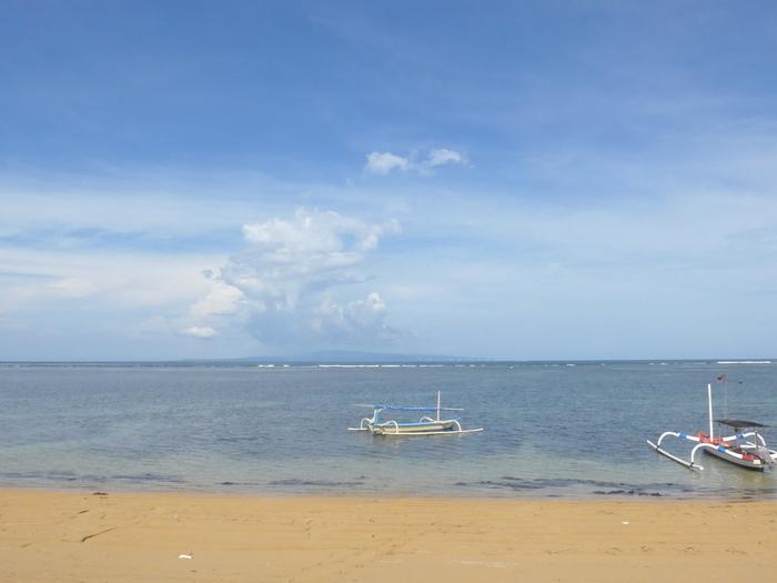 バリ島へ行く。24 ~海でくつろいできた話~_f0232060_14484756.jpg