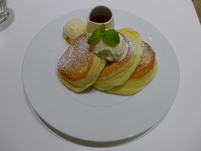 表参道「幸せのパンケーキ」へ行く。_f0232060_191512.jpg