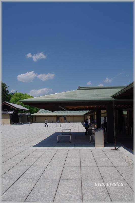 京都迎賓館・参観 [ 正面玄関 ]_a0157263_07224102.jpg