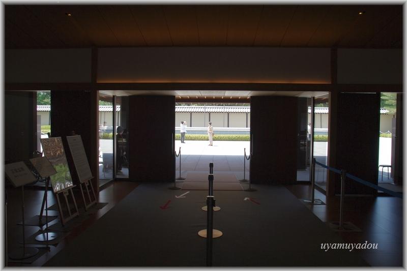 京都迎賓館・参観 [ 正面玄関 ]_a0157263_07224110.jpg