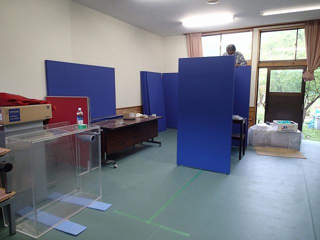 ウミガメの展示室_d0177220_1131257.jpg