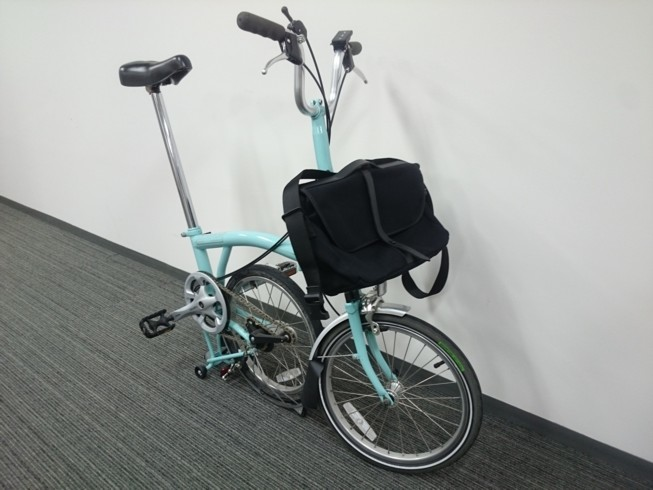 "BROMPTON ""SHOULDER BAG\""_c0359041_18473587.jpg"
