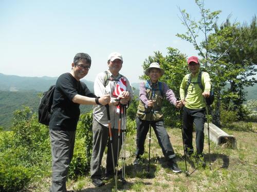 クラモク登山部より_b0211845_1865217.jpg