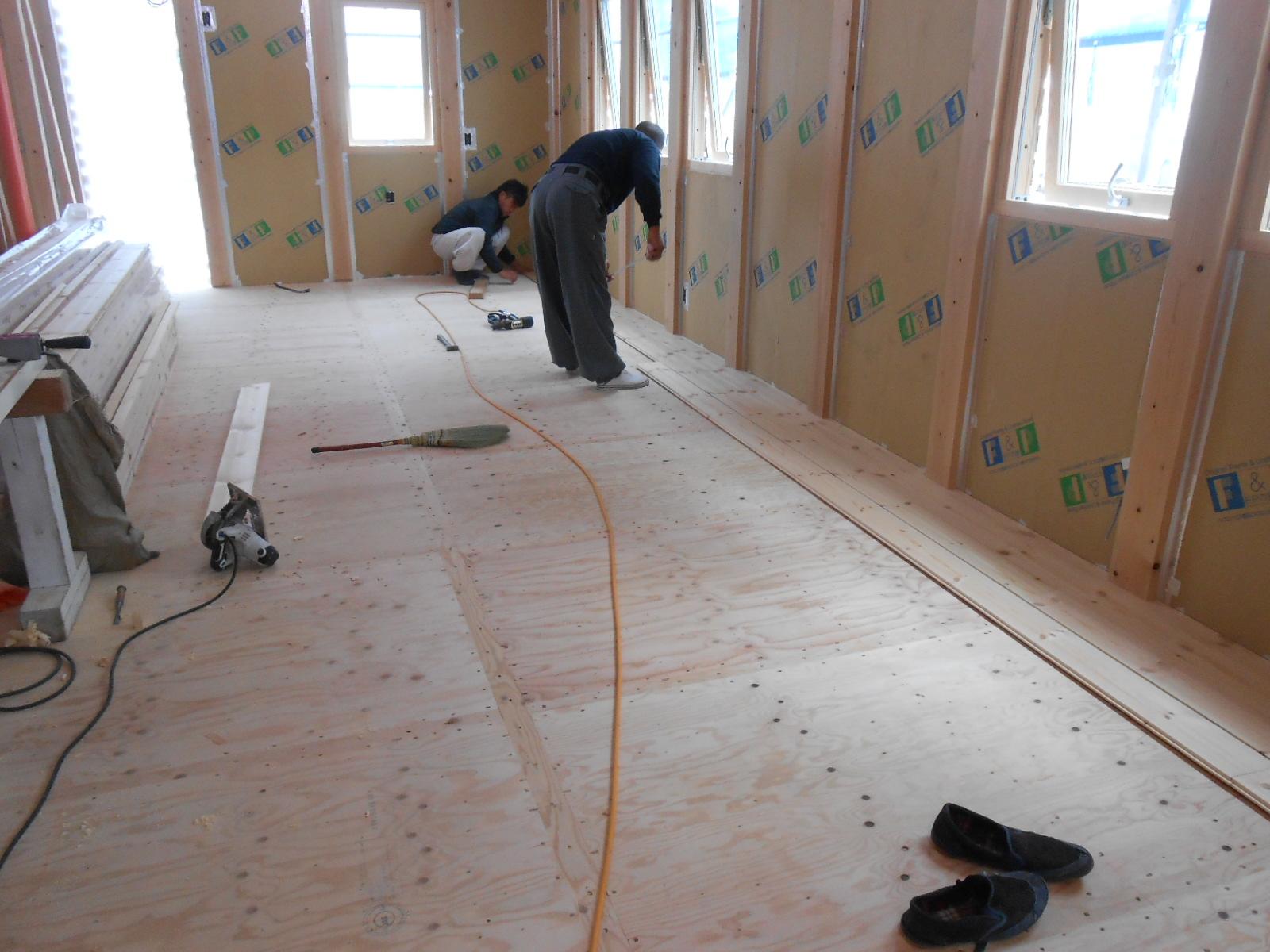 床、フローリング、木工事_c0066693_1416560.jpg