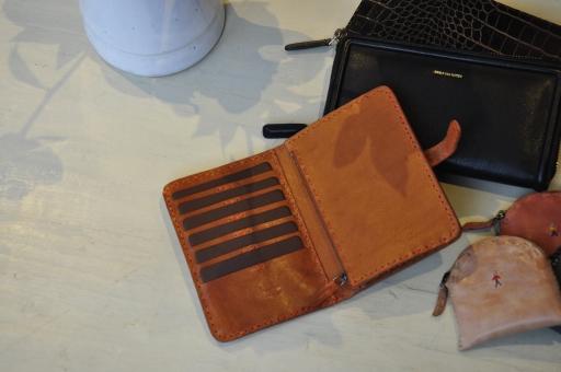 お財布のご紹介_e0127399_1825326.jpg