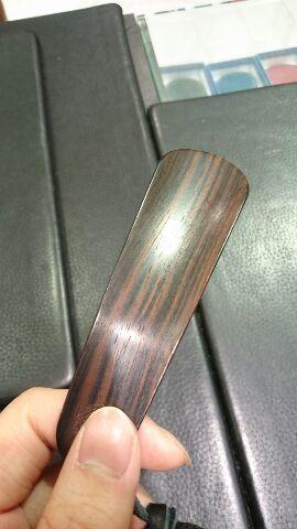 木製シューホーンには味がある♪_b0226322_20223864.jpg